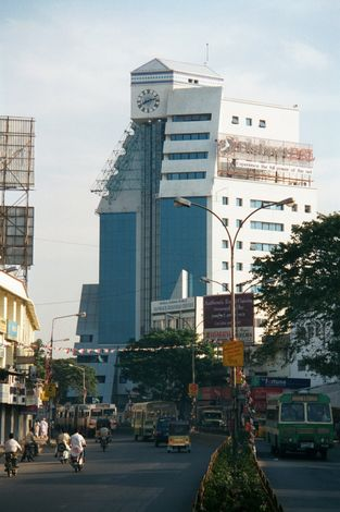 Sterling Towers - Anna Salai